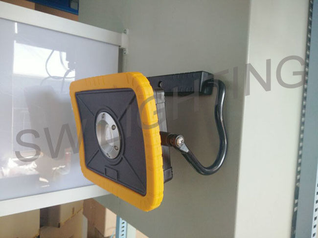 Most Powerful Led Flood Lamp Multi - Use Portable Outdoor Flood Light 15W 2000 Lumen